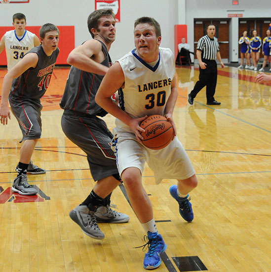 Dowdy's 32 leads Lancers to sectional final
