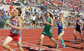 Lincolnview's Bayley Tow, No. 6, runs a smooth 1,600-meter run to a 6th-place finish Saturday. (DHI Media/Staff photos)